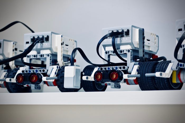 Getting Started with Teacher Tutorials using EV3 Mindstorms Education App